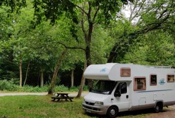 Hire a campervan in Holzkirchen from private owners| Fiat Egon