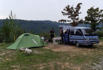 Hire a campervan in Dresden from private owners| Mitsubishi Berni