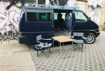Hire a campervan in Leipzig from private owners| VW T4 2,5tdi Sergio