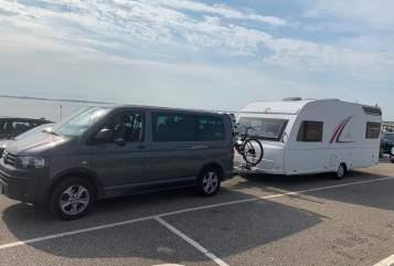 Hire a campervan in Kirchgellersen from private owners| Bürstner  Raumwunder NEU