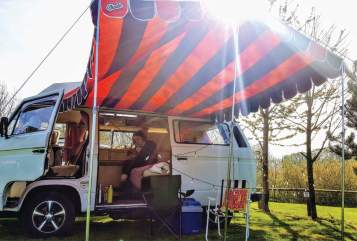 Hire a campervan in London from private owners| Volkswagen Frieda