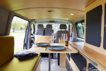 Hire a campervan in Stoke-on-Trent from private owners| VW Sonho