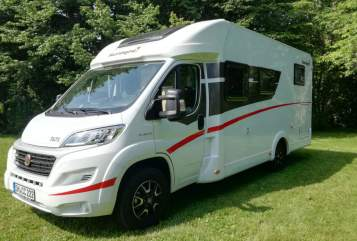 Hire a campervan in Grabfeld from private owners| Sunlight  ClubCamper.de