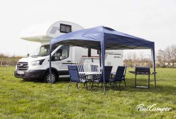 Hire a campervan in Rayleigh from private owners| RollerTeam Adele