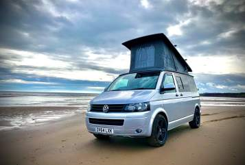 Hire a campervan in Sheffield from private owners  VW Gina d'Camper