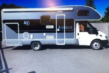Hire a campervan in Southend-On-Sea from private owners| Ford transit 350 Arnie