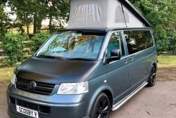 Hire a campervan in Lichfield from private owners| VW Scooby