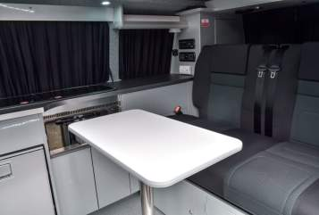 Hire a campervan in Leeds from private owners| VW Atlantis