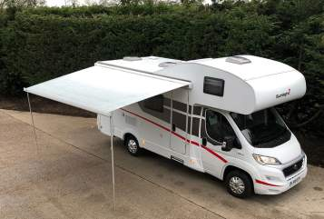 Hire a campervan in Uttoxeter from private owners| Fiat H1