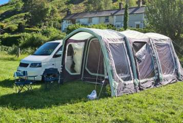 Hire a campervan in Manchester from private owners| Vw  Dreamrider