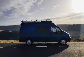 Hire a campervan in Bristol from private owners| Ford Big Blue