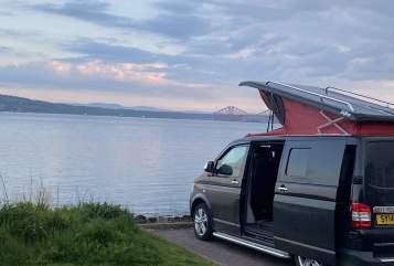 Hire a campervan in Edinburgh from private owners  volkswagen flora