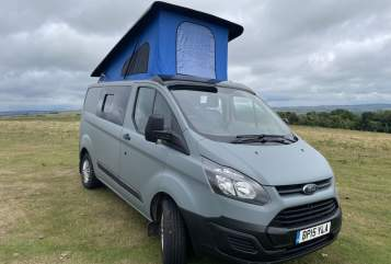 Hire a campervan in Edinburgh from private owners  Ford Bollo