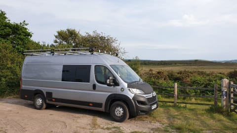Hire a campervan in Berkhamsted from private owners  Citroen Big Al