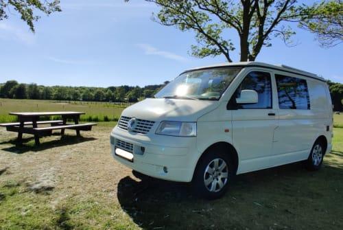 Hire a campervan in Schoorl from private owners| Volkswagen Lekker op pad