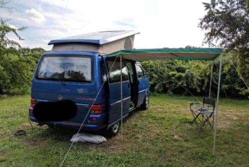 Hire a campervan in Frankfurt am Main from private owners| VW Ulf