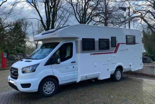 Hire a campervan in Bochum from private owners| Rollerteam Moby 1