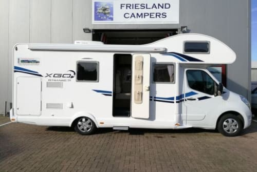 Hire a campervan in Dronrijp from private owners| XGO G-type