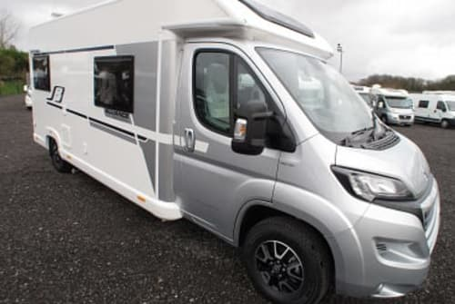 Hire a campervan in Birmingham from private owners| Bailey  Henry