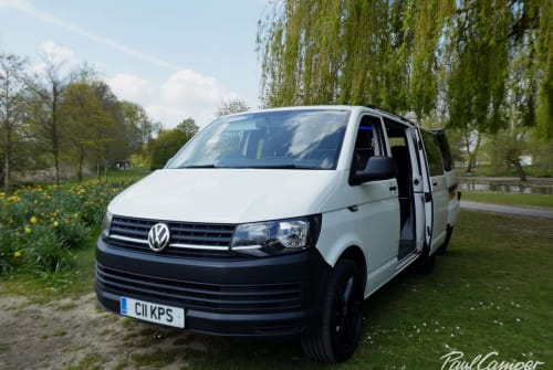 Hire a campervan in Bedford from private owners| VW Titan