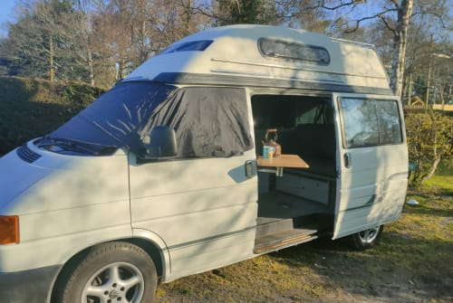 Hire a campervan in Ferndown from private owners| VW Reg