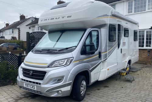 Hire a campervan in Horley from private owners| Autotrail  Peggy2