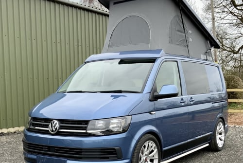 Hire a campervan in Chester from private owners| Vw Bloo.