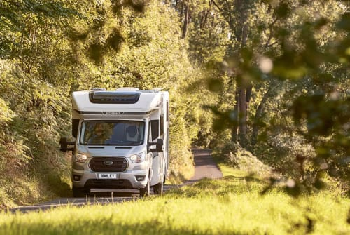 Hire a campervan in Birmingham from private owners| Bailey Chloe