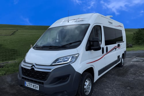 Hire a campervan in Rochdale from private owners| Citroen relay LT17