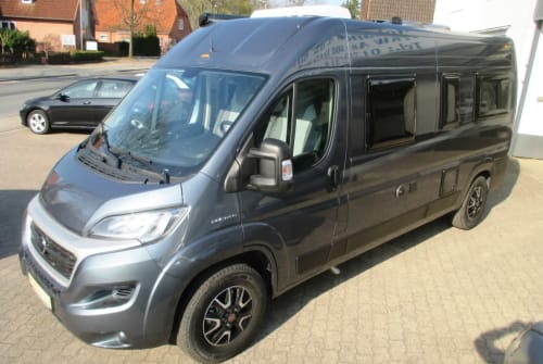 Hire a campervan in Ratekau from private owners  Carado Carado CV600