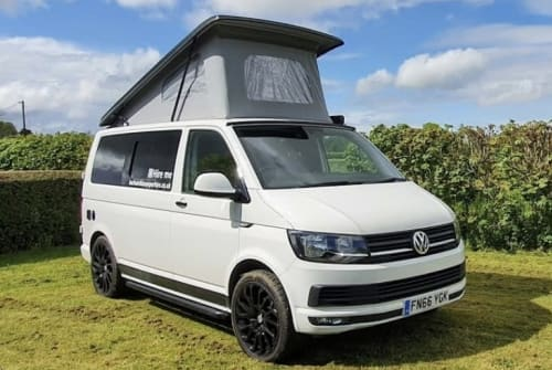 Hire a campervan in Bournemouth from private owners| VW Barbarella