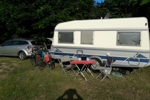 Hire a campervan in Harsum from private owners| Fendt Hasenexpress