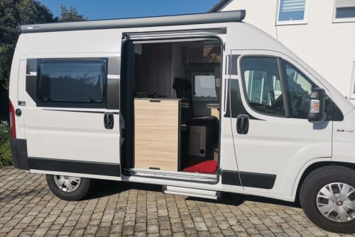 Hire a campervan in Bad Abbach from private owners| Fiat Ducato 2,3 l Camper Sunlight