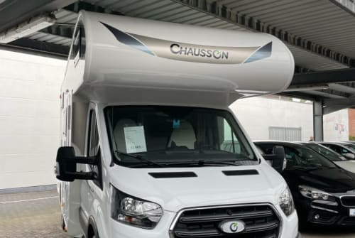 Hire a campervan in Bocholt from private owners| Chausson  VC-4