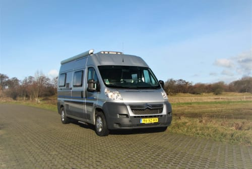 Hire a campervan in Egmond aan Zee from private owners  citroen Luxe BUS CAMPER